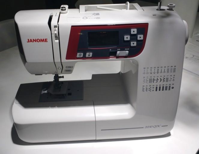 Maquina de costura Janome -13.jpg
