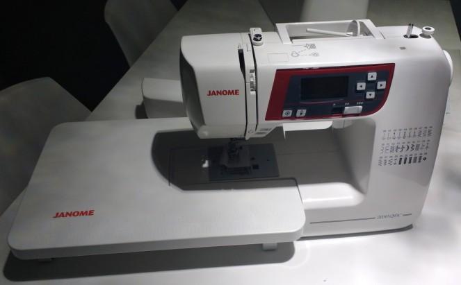 Maquina de costura Janome -15.jpg