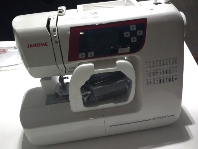 Maquina de costura Janome -4.jpg
